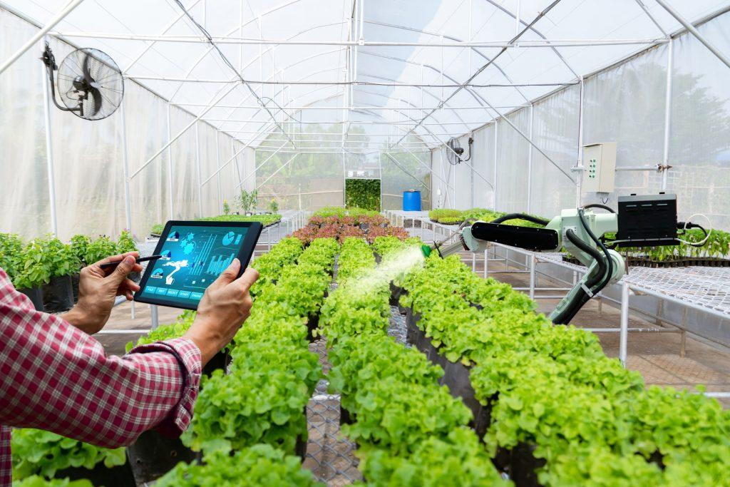 ingenieros agrícolas y agricultura de precisión